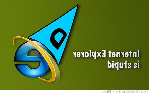'Internet Explorer is Stupid' photo (c) 2009, mr.throk - license: //creativecomm上s.要么g/licenses/by-sa/2.0/